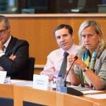 Prof. Dr. Annette Grüters-Kieslich, Dean of the Charité – Universitätsmedizin Berlin, Mr. Boris Azaïs, Director of Public Policy Europe Canada for MSD and Dr. Andrzej Rys, DG SANCO.